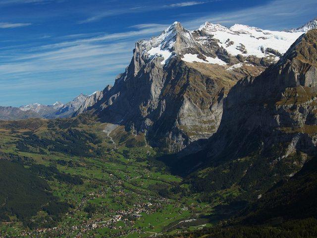 Grindelwald75_b.jpg